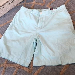 Men's Vineyard Vines Club shorts size 36